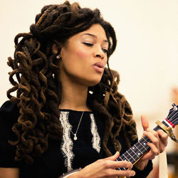 Valerie June says her new songs were ­inspired by Ray Charles and Porter & Dolly.