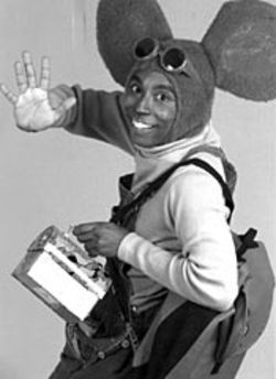 Ronnie Blaine as Mouse