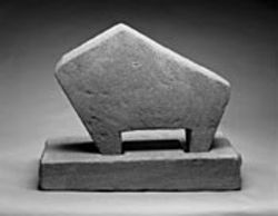 William Edmondson's Critter presents an  abstracted, simplified form.