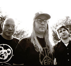 Murphy, Mascis and Barlow: Dinosaur Jr. walks the earth.